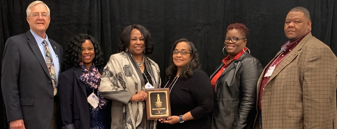 Quitman County School District Receives Award.